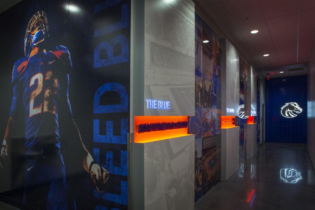 Southeast Exhibits commercial-sign-design-2-1024x683 Commercial Sign Design